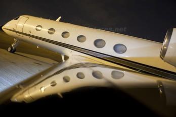 - - Private Gulfstream Aerospace G-IV,  G-IV-SP, G-IV-X, G300, G350, G400, G450