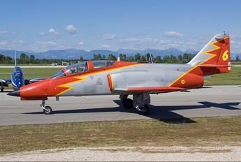 E.25-21 - Spain - Air Force : Patrulla Aguila Casa C-101EB Aviojet