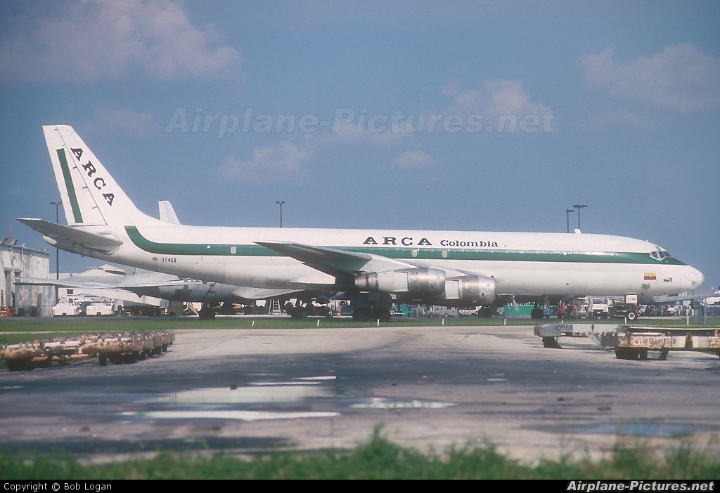 ARCA Coumbia HK-3746X aircraft at Miami Intl