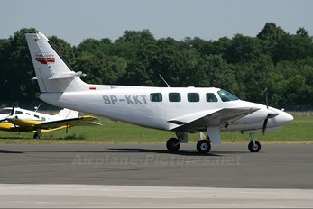 SP-KKT - Private Cessna 303 Crusader