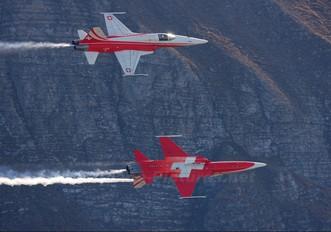 J-3086 - Switzerland - Air Force:  Patrouille de Suisse Northrop F-5E Tiger II
