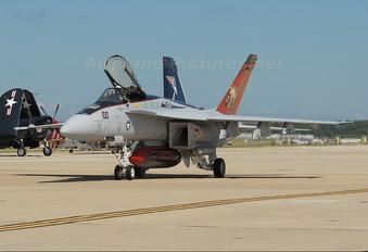 166776 - USA - Navy McDonnell Douglas F/A-18E Super Hornet