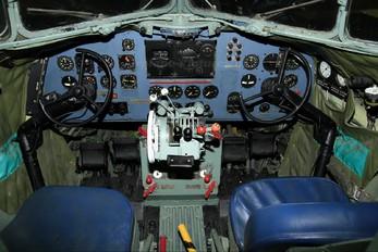 6832 - South Africa - Air Force Museum Douglas C-47A Dakota C.3