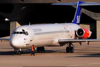 SE-DIL - SAS - Scandinavian Airlines McDonnell Douglas MD-82