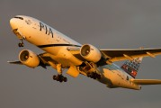 AP-BHX - PIA - Pakistan International Airlines Boeing 777-200ER aircraft