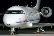 M-YUNI - Private Canadair CL-600 Challenger 605 aircraft
