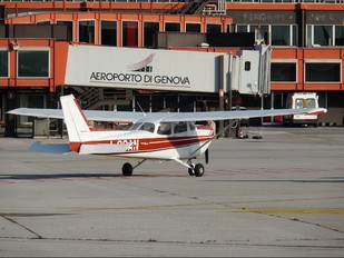 I-CCAN - Private Cessna 172 Skyhawk (all models except RG)