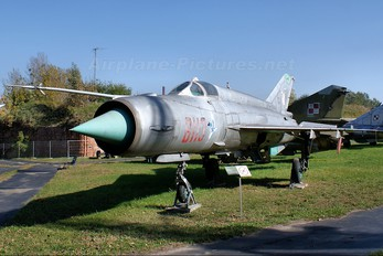 8113 - Poland - Air Force Mikoyan-Gurevich MiG-21MF