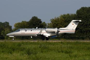 D-CVJN - Vistajet Learjet 40
