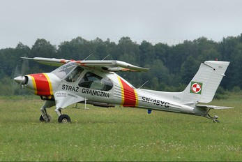 SN-45YG - Poland - Polish Border Guard PZL 104 Wilga 2000