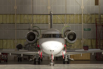 - - TAG Aviation Canadair CL-600 Challenger 601