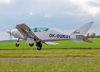 OK-OUR 01 - Private Shark Aero Shark