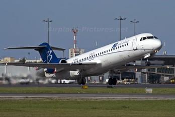 F-GNLG - Blue Line Fokker 100