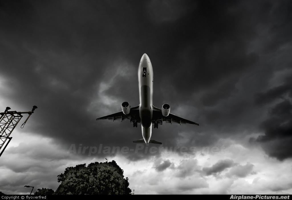 JAL - Japan Airlines JA732J aircraft at London - Heathrow