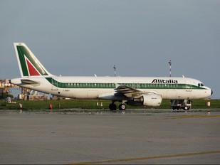 I-BIKF - Alitalia Airbus A320