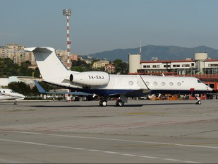 XA-EAJ - Private Gulfstream Aerospace G-V, G-V-SP, G500, G550