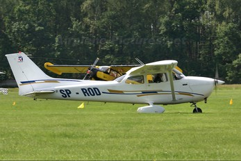 SP-ROD - Private Cessna 172 Skyhawk (all models except RG)