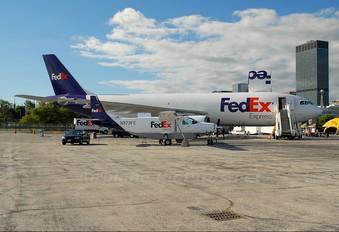 N973FE - FedEx Federal Express Cessna 208 Caravan