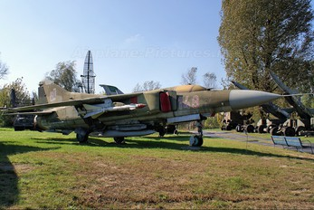 148 - Poland - Air Force Mikoyan-Gurevich MiG-23MF