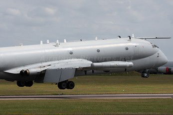 XV249 - Royal Air Force British Aerospace Nimrod R.1