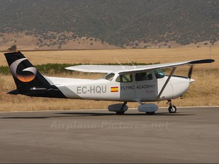 EC-HQU - Private Cessna 172 Skyhawk (all models except RG)