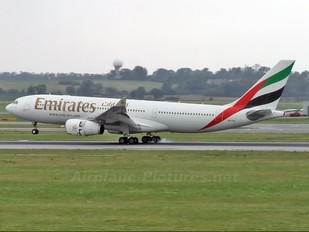 A6-EAL - Emirates Airlines Airbus A330-200