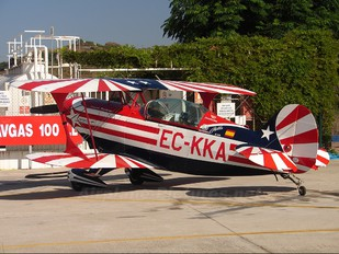 EC-KKA - Private Pitts S-2B Special