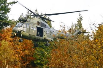 XW211 - Royal Air Force Westland Puma HC.1