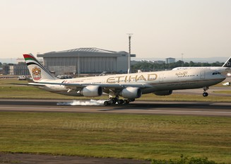 A6-EHA - Etihad Airways Airbus A340-500