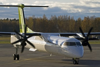 YL-BAF - Air Baltic de Havilland Canada DHC-8-400Q Dash 8