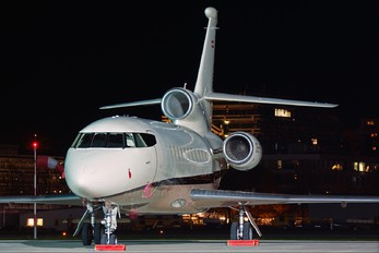 OE-IDX - Global Jet Austria Dassault Falcon 900 series