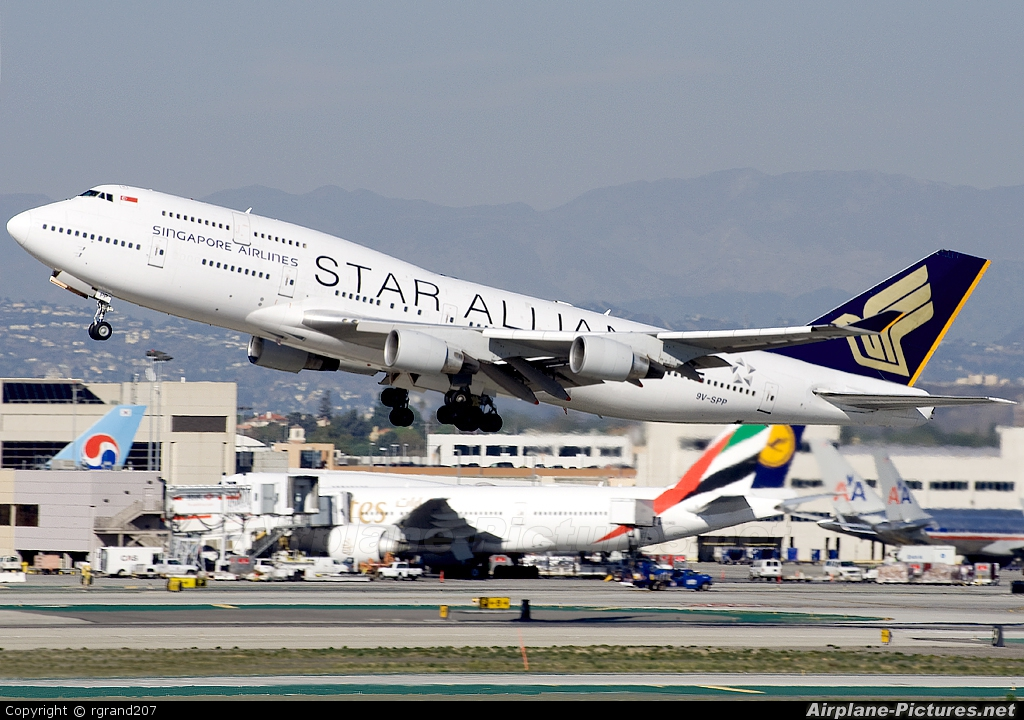Singapore Airlines 9V-SPP aircraft at Los Angeles Intl