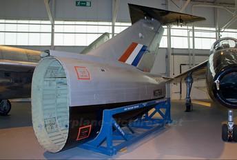 WG768 - Royal Air Force Short SB.5