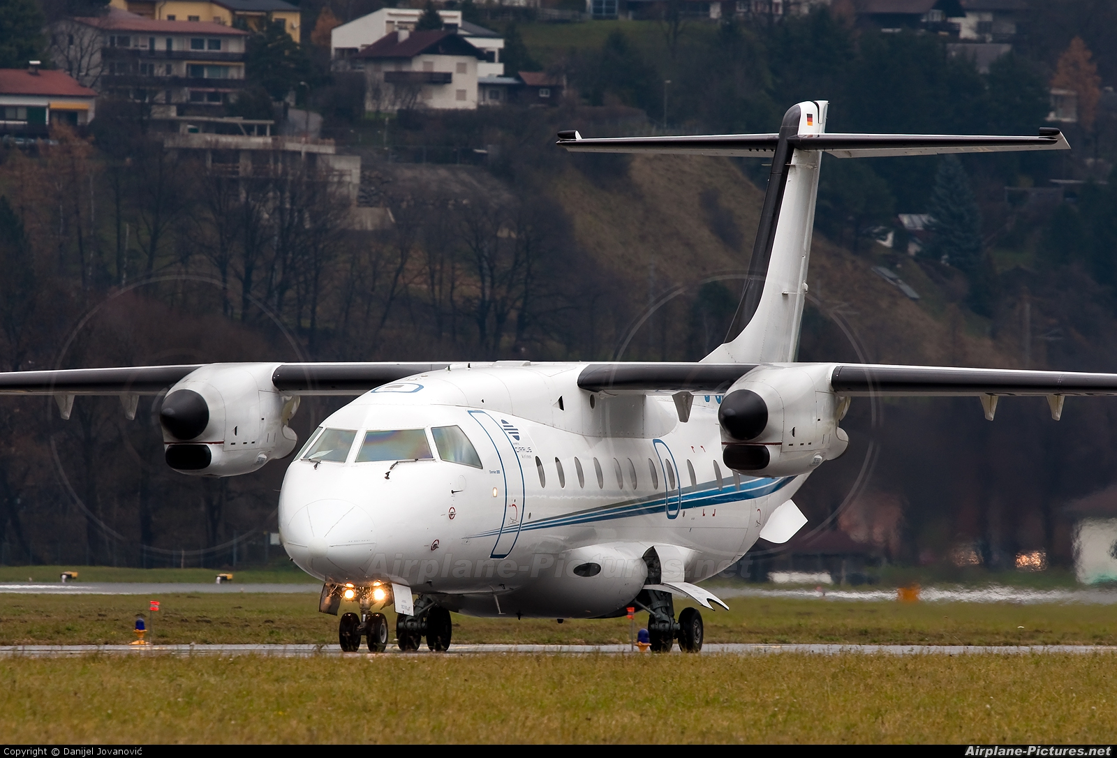 Cirrus Airlines D-CPRW aircraft at Innsbruck