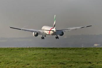 A6-ECV - Emirates Airlines Boeing 777-300ER