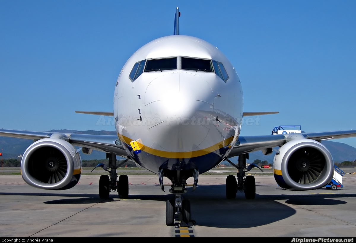 Ryanair EI-DWM aircraft at Girona - Costa Brava