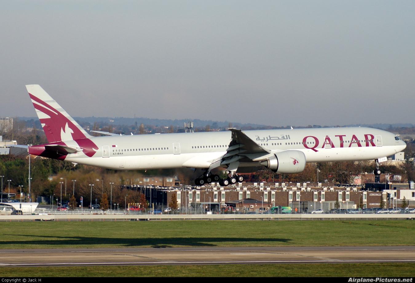 Qatar Airways A7-BAA aircraft at London - Heathrow
