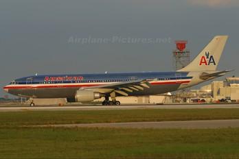N59081 - American Airlines Airbus A300