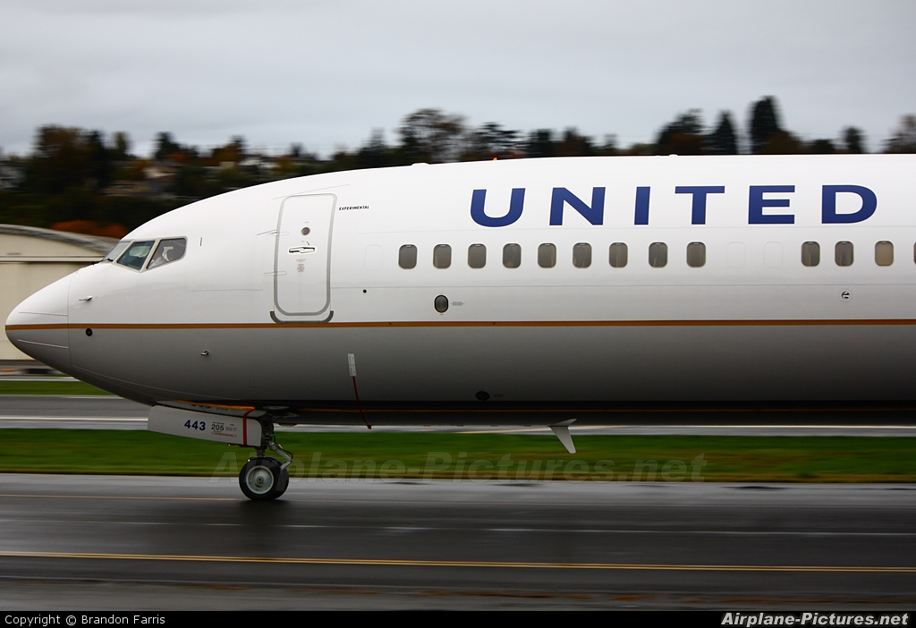 United Airlines N38443 aircraft at Seattle - Boeing Field / King County Intl