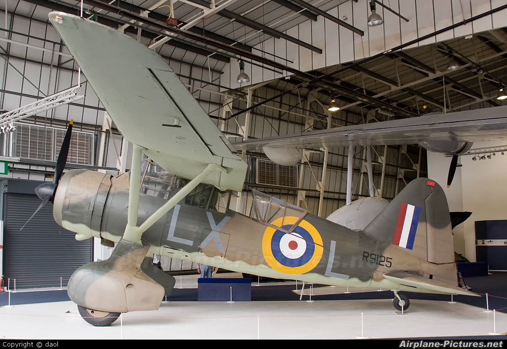 Royal Air Force R9125 aircraft at Hendon - RAF Museum