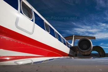 N818AE - American Eagle Embraer ERJ-145