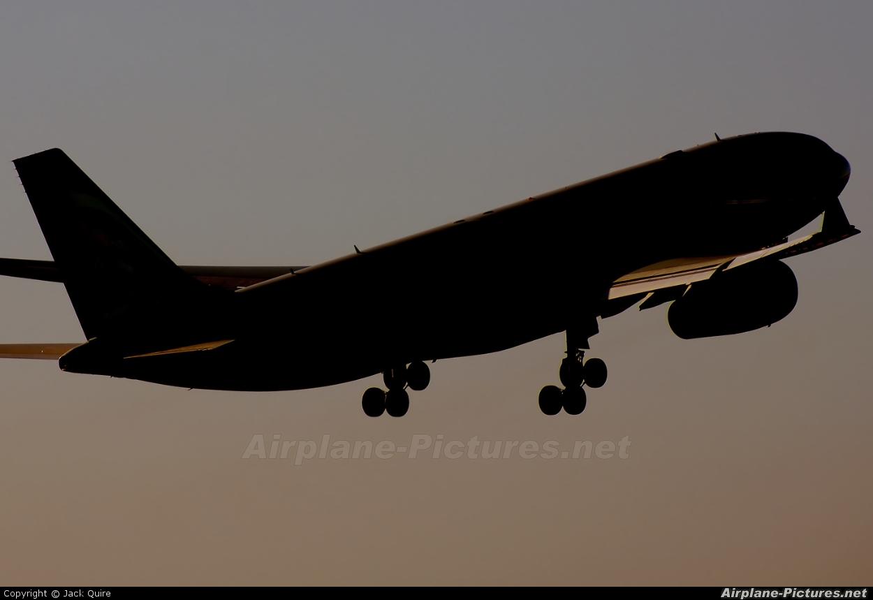 Etihad Airways A6-EYG aircraft at Manchester