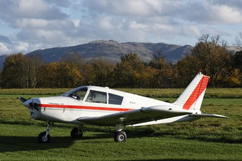 G-AVFX - Private Piper PA-28 Cherokee