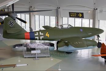 112372 - Germany - Luftwaffe (WW2) Messerschmitt Me.262 Swallow