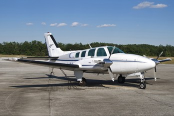 N6025Y - Private Beechcraft 95 Baron