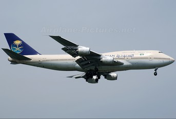 HZ-AIS - Saudi Arabian Airlines Boeing 747-300