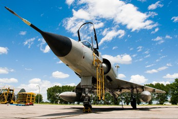 I-018 - Argentina - Air Force Dassault Mirage III E series