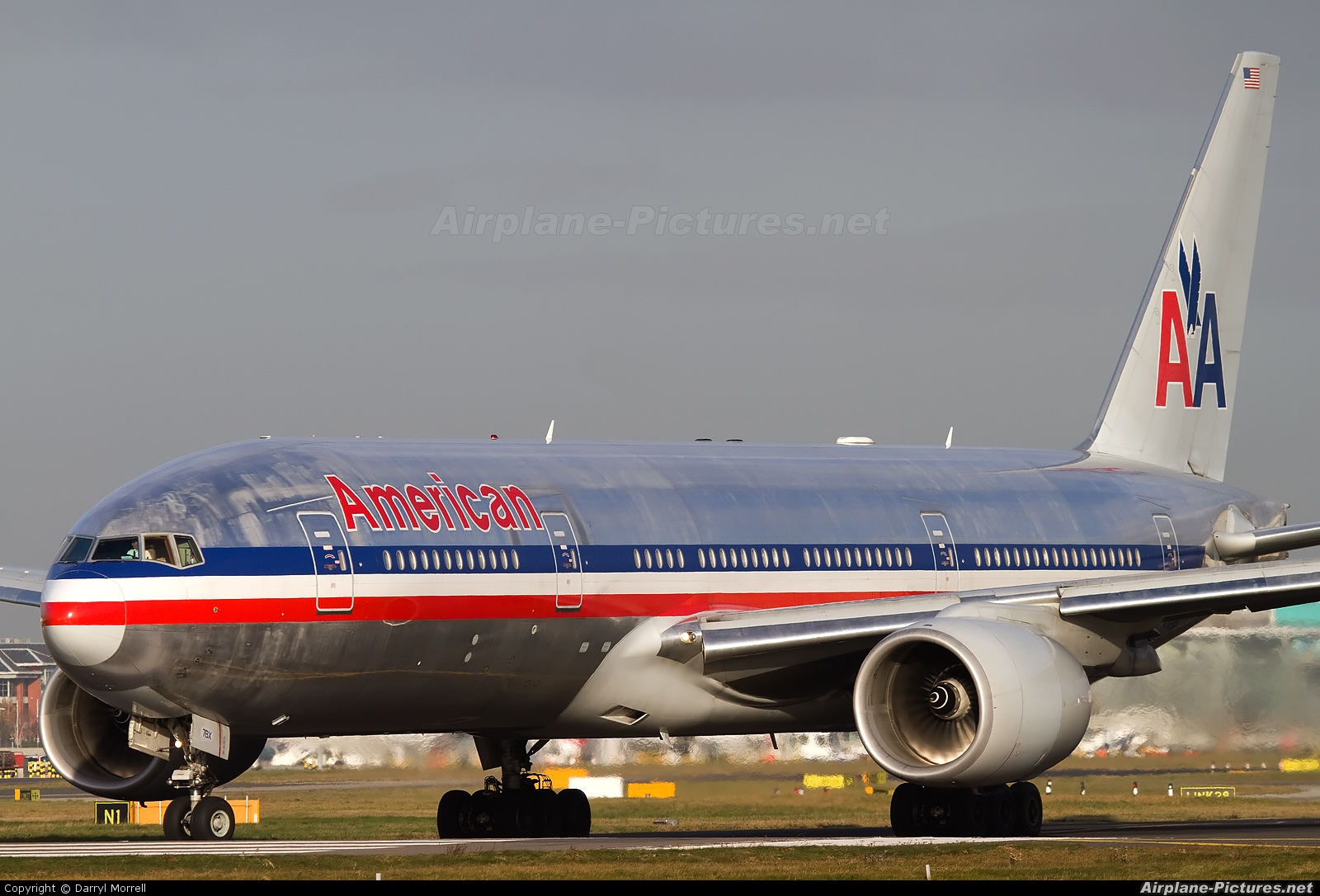 American Airlines N781AN aircraft at London - Heathrow