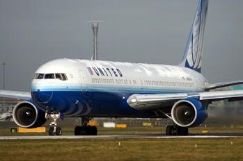 N652UA - United Airlines Boeing 767-300ER