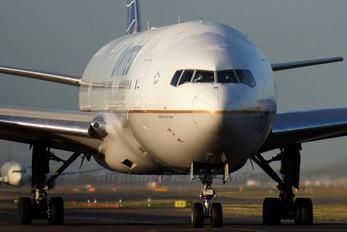 N69020 - United Airlines Boeing 777-200ER